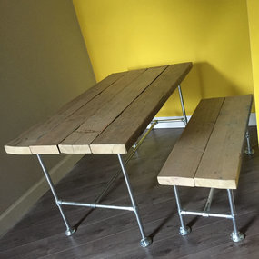 Rustic style table & bench