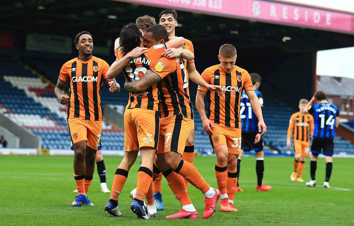 Hull City footballers celebrating